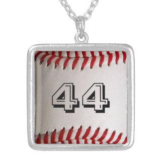 Baseball med personlig numrerar silverpläterat halsband