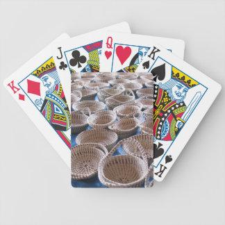 Basket för Charleston SC som Sweetgrass leker kort Spelkort
