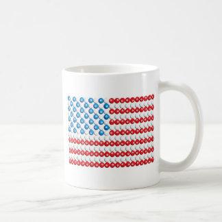 Bassängbollamerikanska flaggan kaffemugg