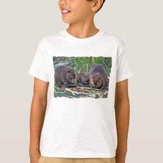 Bäverfamilj Tee Shirts