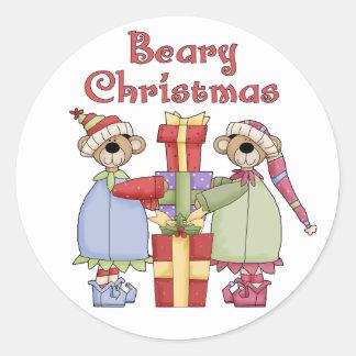 Beary julklappar runt klistermärke