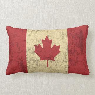Bedrövad flagga av Kanada vintage Lumbarkudde