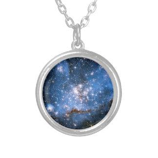 Begynnes stjärnor för Nebula NGC 346 - Hubble Silverpläterat Halsband