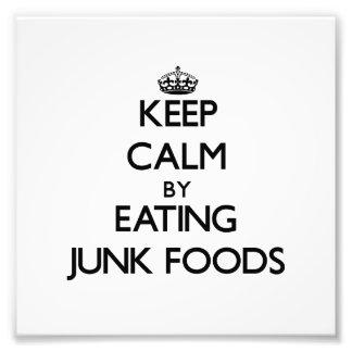Behållalugn genom att äta skräpmat