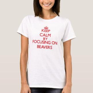 Behållalugn, genom att fokusera på bäver tee shirt