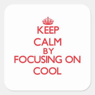 Behållalugn, genom att fokusera på coola fyrkantigt klistermärke