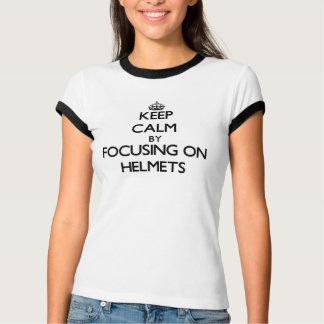 Behållalugn, genom att fokusera på hjälmar t shirts