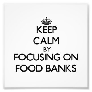 Behållalugn genom att fokusera på matbanker