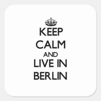 Behållalugn och bor i Berlin Fyrkantigt Klistermärke