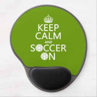 Behållalugn och fotboll på gelé mus-matta
