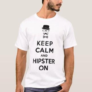 Behållalugn och hipster på tee shirt
