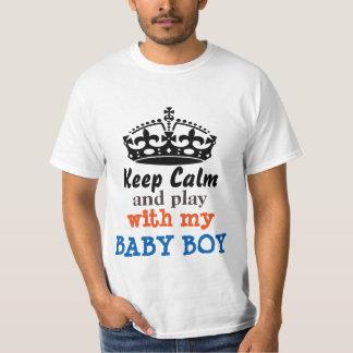 Behållalugn och lek med min pojke tröja