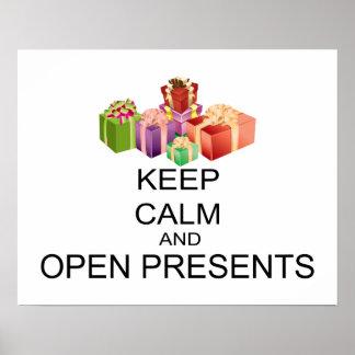 Behållalugn och öppnar presenter poster