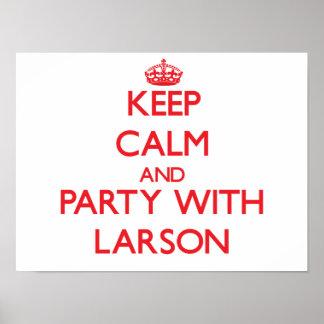 Behållalugn och party med Larson