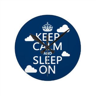 Behållalugn och sömn på (skräddarsy färg), rund klocka