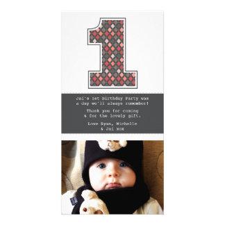 Behandla som ett barn den 1st födelsedagen anpassade foto kort