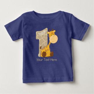 Behandla som ett barn giraffet och numrera en | t-shirt
