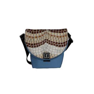 Beige mosaisk mini- messenger bag
