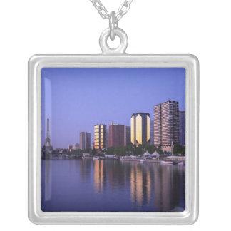 Bekläda du Seine och det Eiffel torn, Paris, Silverpläterat Halsband