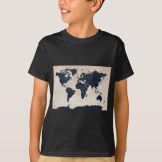 Bekymrad marin för världskarta tshirts