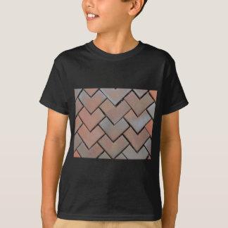 belagt med tegel lookobjekt t-shirts