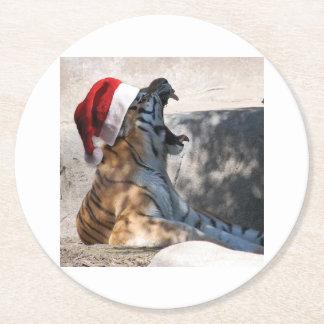 Bengal tiger som ha på sig en Santa hatt för jul Underlägg Papper Rund
