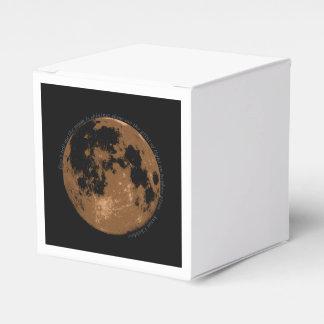 Berätta inte mig att månen är det glänsande presentaskar