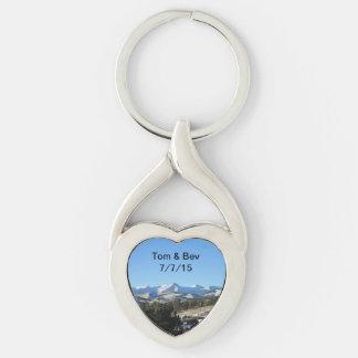 Berg som gifta sig Keychain Twisted Heart Silverfärgad Nyckelring
