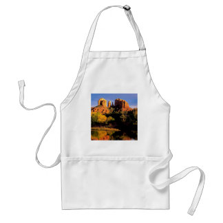 Bergdomkyrkasten Sedona Arizona Förkläde