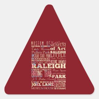 Berömd ställen av Raleigh, North Carolina. Triangelformat Klistermärke