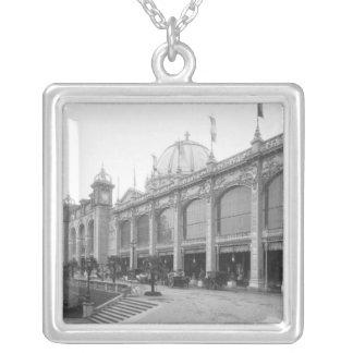 Beskåda av de Palais des-Beaux-konsterna Silverpläterat Halsband