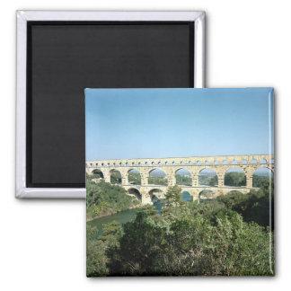 Beskåda av den romerska akvedukten, byggd c.19 BC Magnet