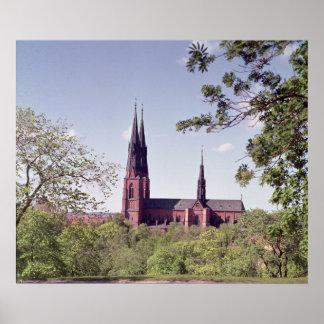 Beskåda av den Uppsala domkyrkan från slottet Poster