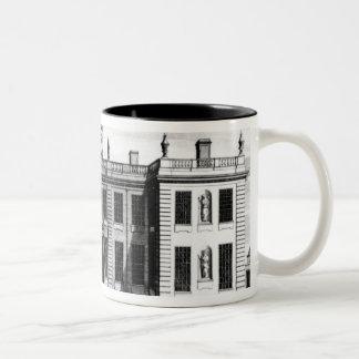 Beskåda av det Marlborough huset i bårmall Två-Tonad Mugg