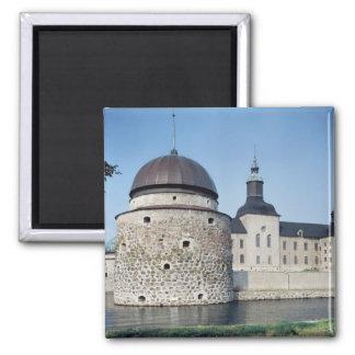 Beskåda av det Vadstena slottet, byggt i 1545 Magnet