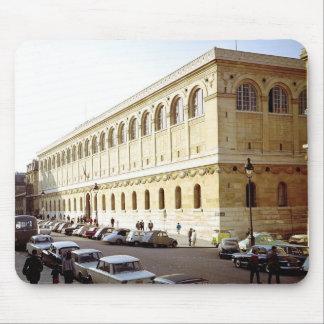 Beskåda av det yttre, byggt 1844-50 musmatta