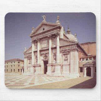 Beskåda av facaden, byggt 1607-11 musmatta