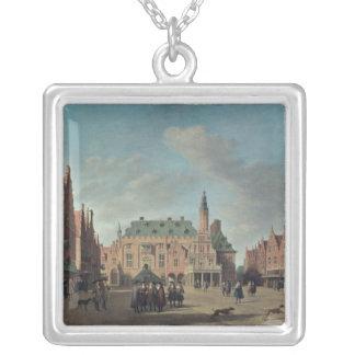 Beskåda av Groten Markt i Haarlem Silverpläterat Halsband