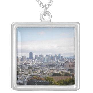 Beskåda av San Francisco horisont Silverpläterat Halsband