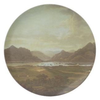 Beskåda av sjöar och bergen av Killarney, Irel Fest Tallrikar