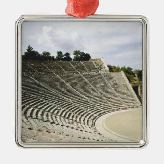Beskåda av theatren, c.360 BC Julgransprydnad Metall