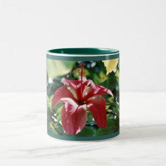 Beställnings- gåvamugg för röd hibiskus Två-Tonad mugg