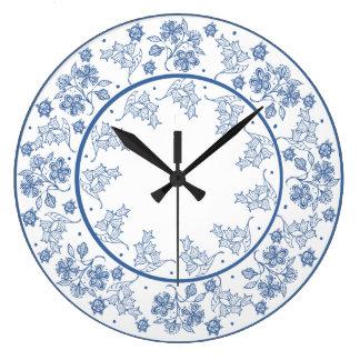 Beställnings- indigoblått på den blom- gränsväggen stor klocka