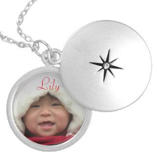 Beställnings- Locket med fotoet Silverpläterat Halsband