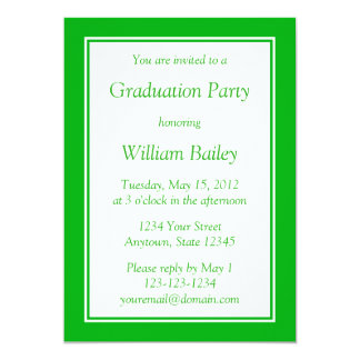 Beställnings- medelgröntinbjudan med grön text 12,7 x 17,8 cm inbjudningskort