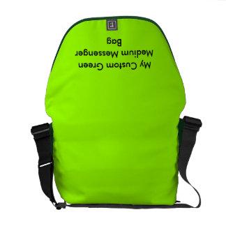 Beställnings- medelmessenger bag - grönt messenger bag