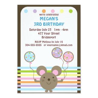 Beställnings- musbarns födelsedagparty anpassade inbjudan