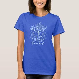 Bibelversen växer i nådT-tröja T-shirt