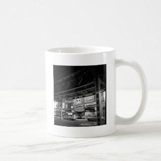 Bilar 1961 för kamera för central för Chicago Kaffemugg