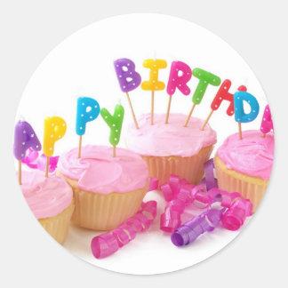Birthday-cake-happy.jpg Runt Klistermärke